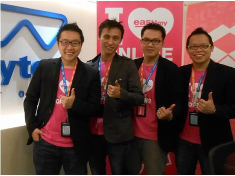 Chan Kee Siak, Frost, Alan, Clarence group photo